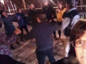 Balladforum, Bessman, Slakafolk och gäster dansar på Logen.  Foto Astrid Selling.